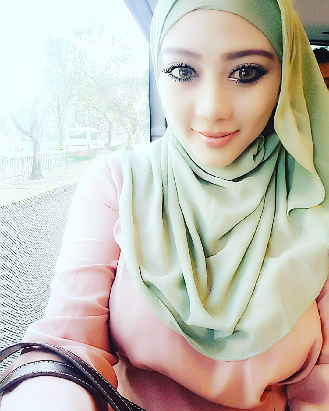Beauty girls hijab pussy