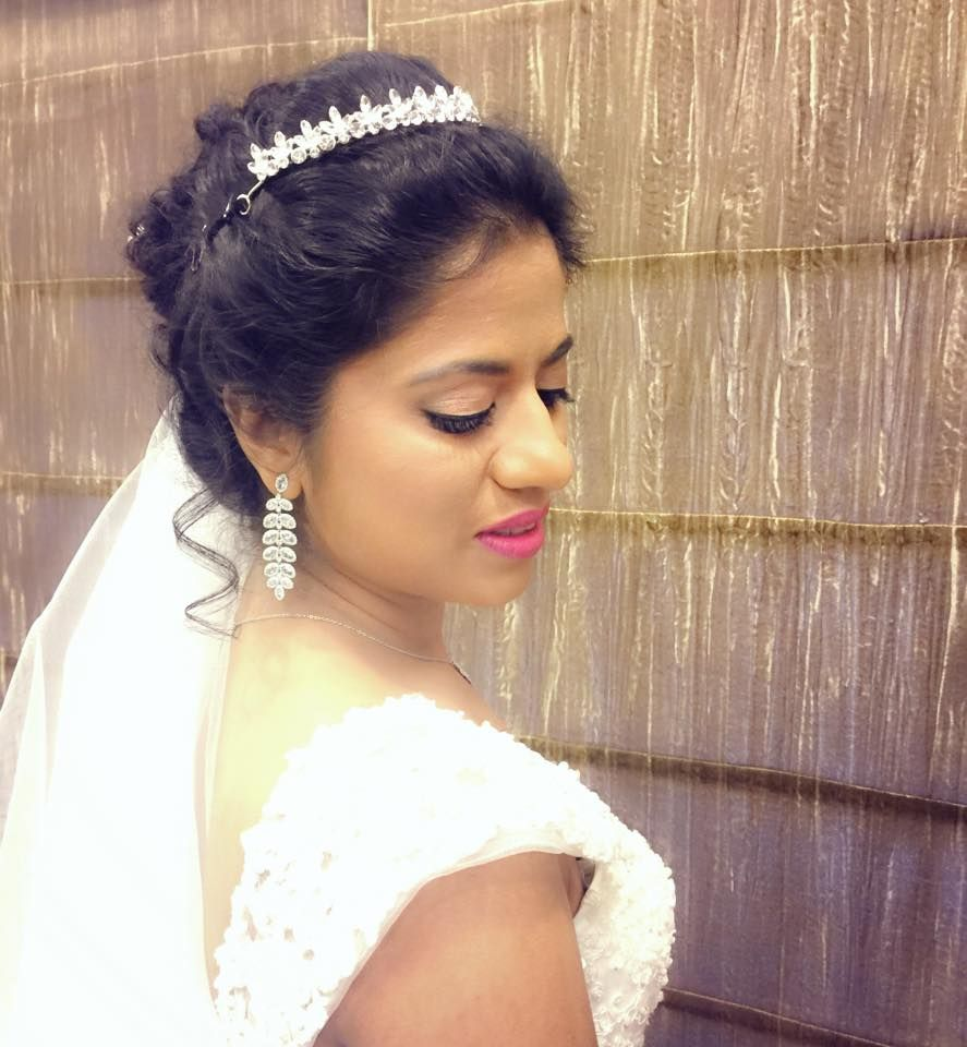 Best Indian Wedding Hairstyles For Christian Brides: Pin By Swank Studio On Bridal LookBook