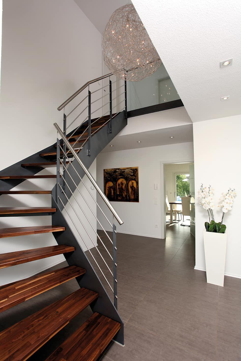 Fingerhaus vio treppe  VIO 302 - Wellness Starter-Haus: moderner Flur, Diele ...
