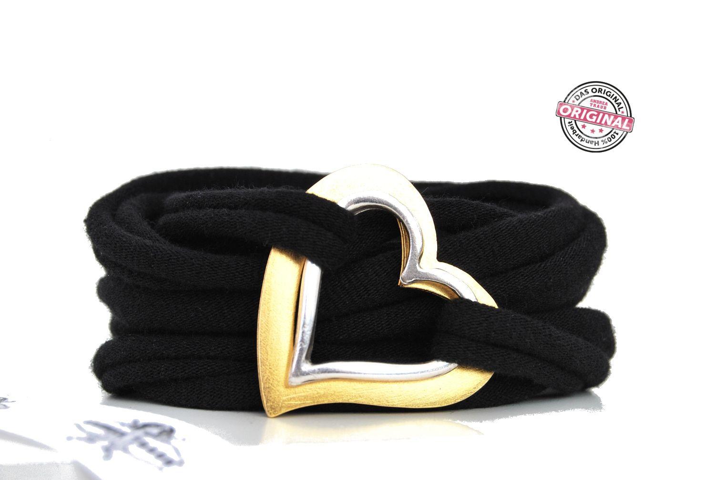 Armband Stoff schwarz mit Liebe & Doppel-Herz in gold und silber, Wickelarmband für Frauen  http://www.andreatraub.com/shop/armband-stoff-schwarz-mit-liebe-doppel-herz-in-gold-und-silber-wickelarmband-fur-frauen/
