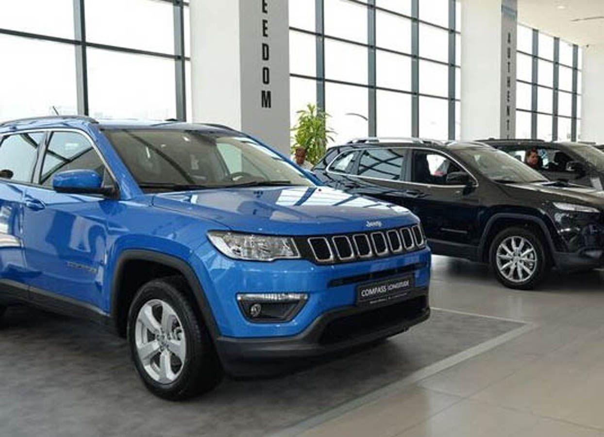 إطلاق جيب كومباس 2018 الجديد في أبو ظبي خلال افتتاح المقر الجديد لشركة الغربية موقع ويلز Jeep Jeep Compass Suv