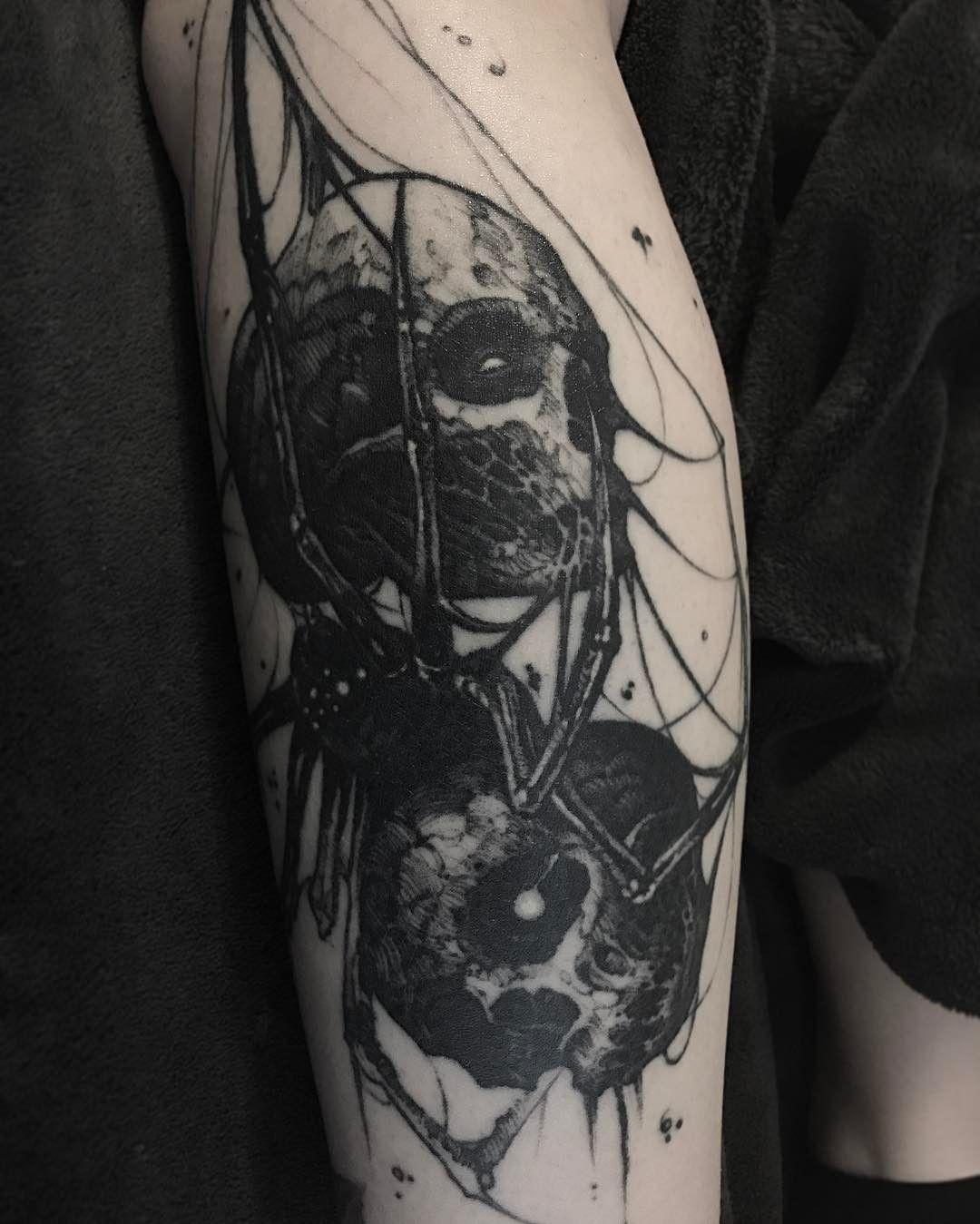 5267652f5 @_akayy_ #worldfamousink #healed #skull #spider #justblack #tattoo  #blackwork #tattoos #tattooart #greensboro #nc #tattoartist #nctattooers  #blackworkers ...