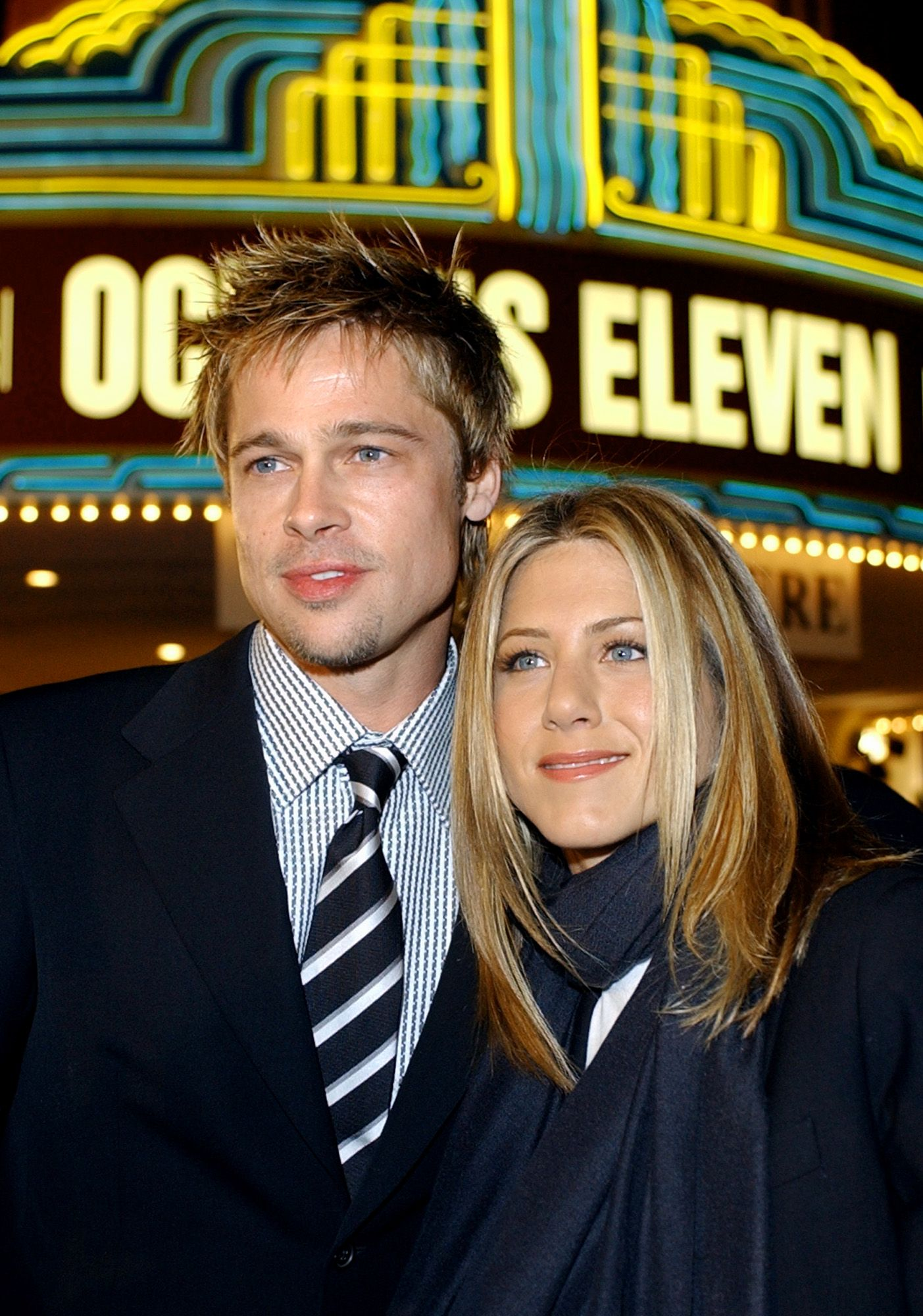 Brad Pitt And Jennifer Aniston Attend The Movie Premiere Of Ocean S Eleven 2001 Pitt And Anist Brad Pitt And Jennifer Brad Pitt Brad Pitt Jennifer Aniston