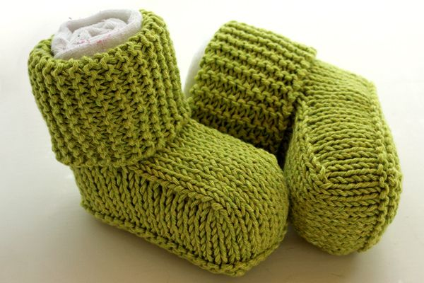 Green Knitted Booties Knitting Pinterest Baby Uggs Knitted