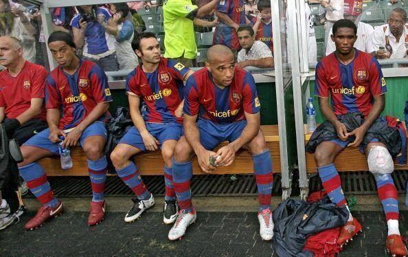 ronaldinho barça | Ronaldihno-Iniesta-Eto'o-Henry por gabitto - Ronaldinho - Fotos del F ...