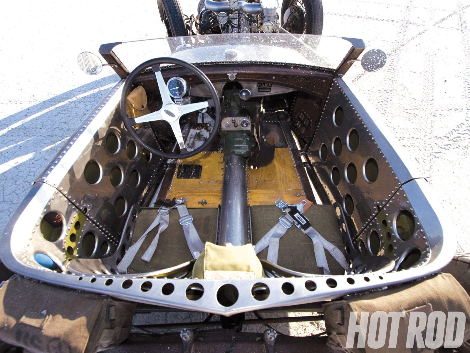 Car amp bike fanatics suzuki m50 bobber bike - Interior Holy Sheets Of Metal Batman This Is 1 Of Robins Favorite Designs