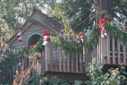 Tree house decorated for Christmas For the Home Pinterest