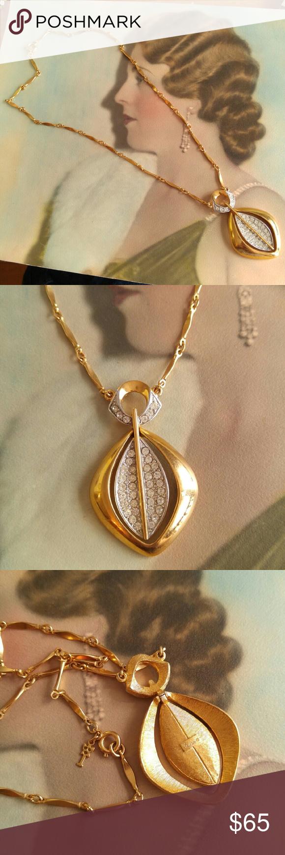 Vtg crown trifari necklace gold tone rhinestones design set smoke
