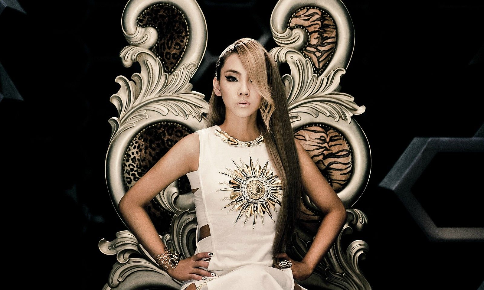 Cl To Say Goodbye With A Remix Version Of The Baddest Female Fashion Female Flapper Dress
