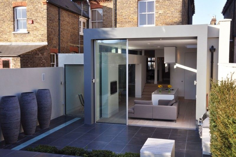 London Based Architect Peter Thomas De Cruz Has Designed This Extension To  An Edwardian Semi Detached House Located In London, England, UK.