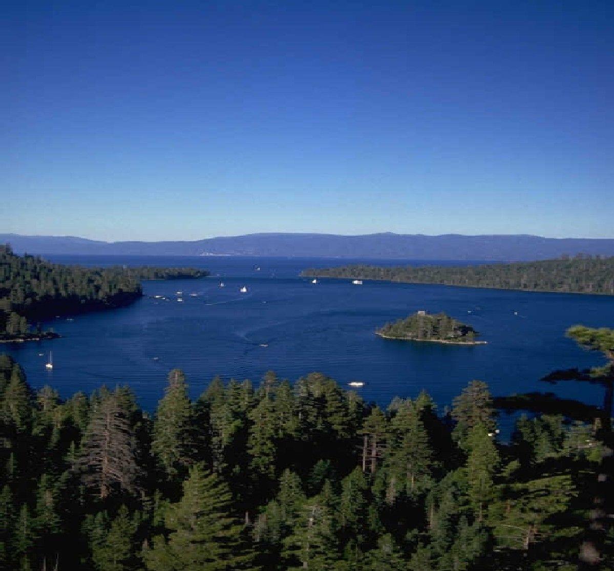 Beaver Lake Near Eureka Springs Arkansas Best Place To Me Besides Florida Amazing Lake Go Every Ye Arkansas Vacations Beaver Lake Arkansas Eureka Springs