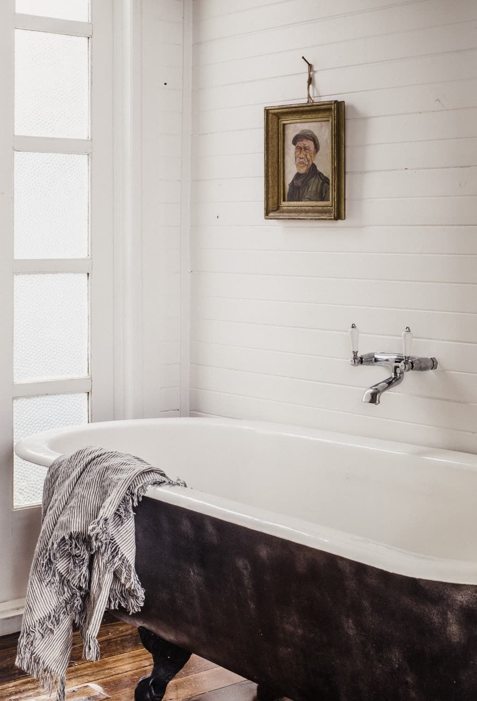 captains rest cabin strahan tasmania australia in on bathroom renovation ideas australia id=40248