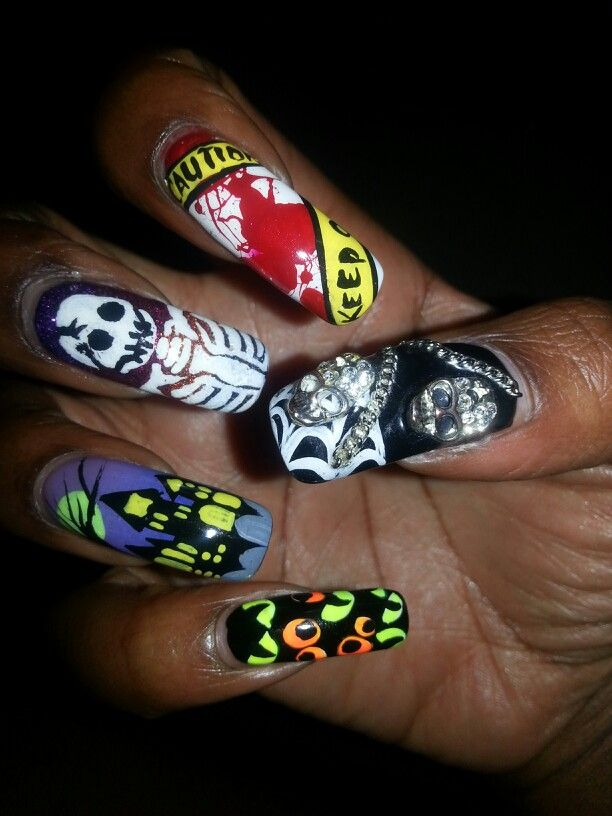 78brownies Halloween Themed Nail Art 3d Skull And Chains Crime
