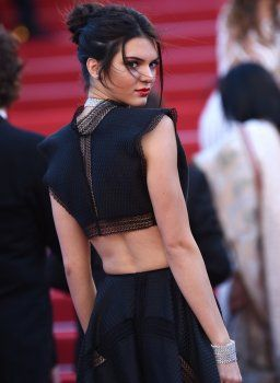 Look of the Day: Kendall Jenner sexy in Cannes