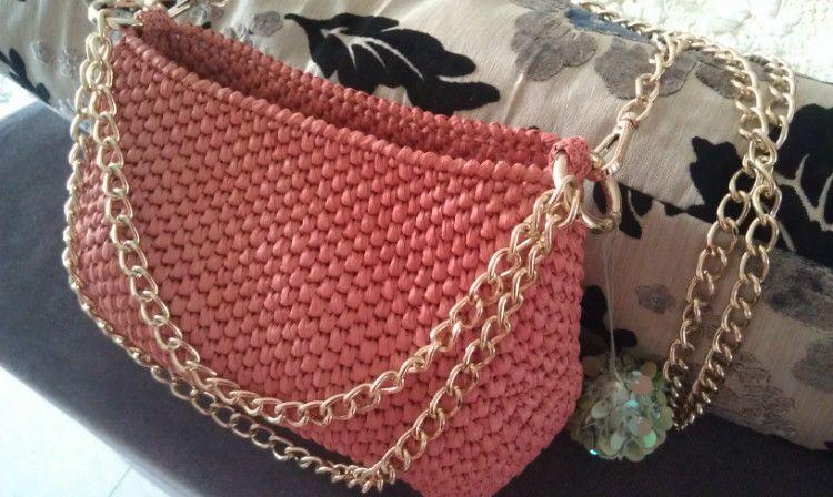Patrones Crochet: Como hacer un Bolso tejido con Rafia ...