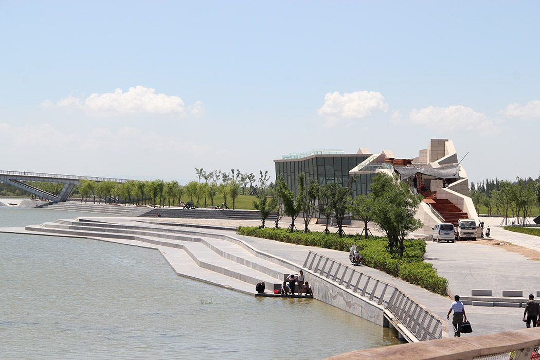 Wenying lake by aecom 02 landscape architecture works for Bc landscape architects