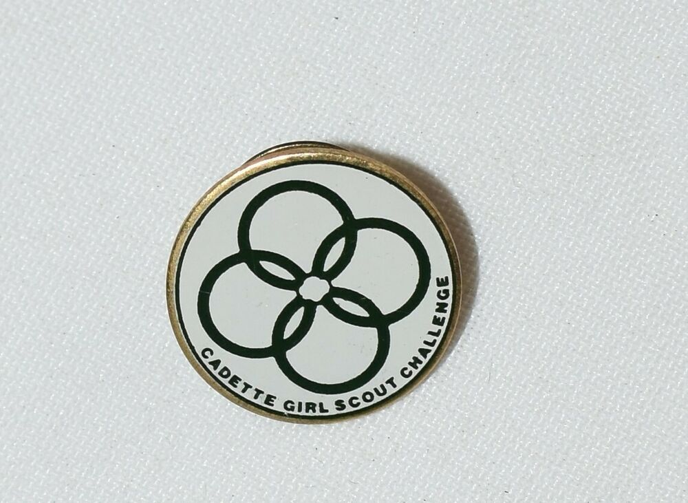 GIRL SCOUT PIN CADETTE CHALLENGE PIN