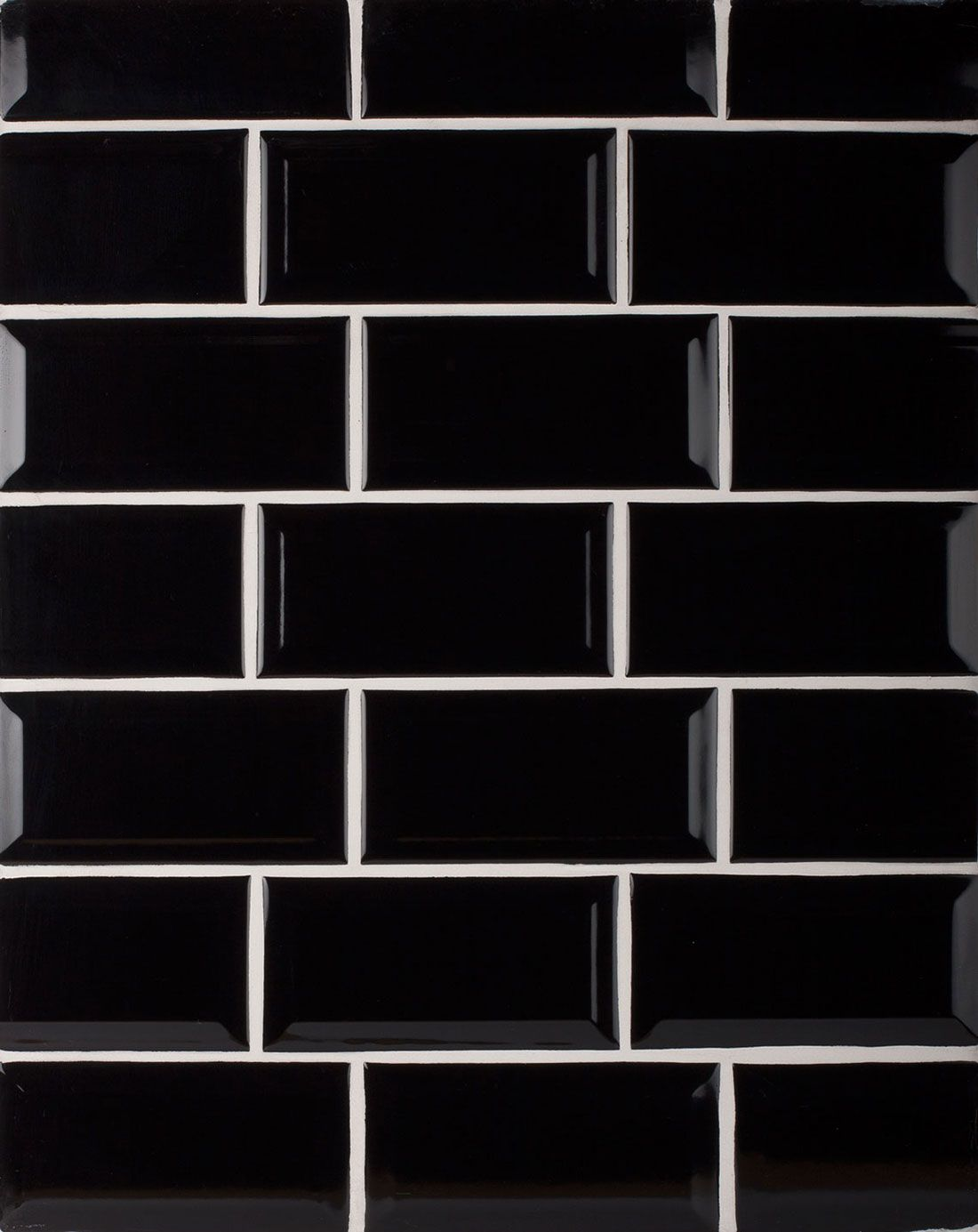Biselado Negro Kitchen Wall Tile Creates A Great