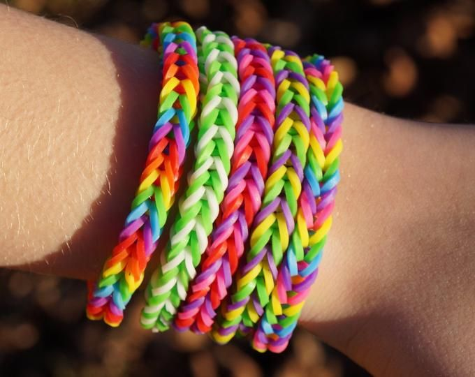 This is an image of Juicy Rainbow Loom Spiderman Face Coloring