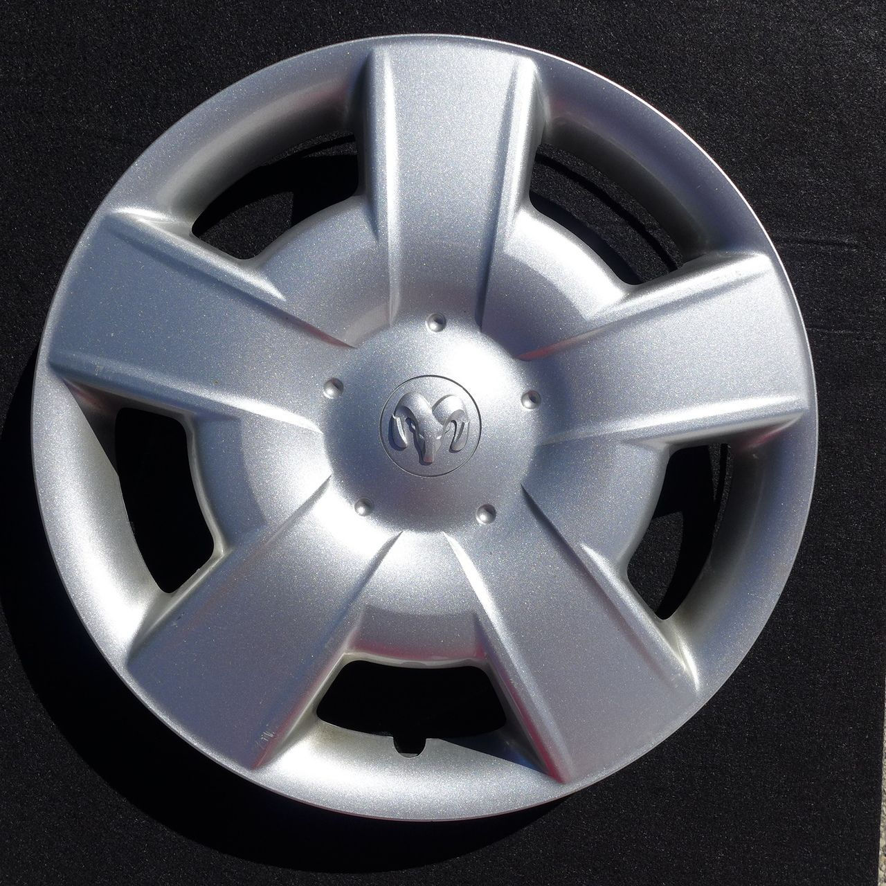 2006 2007 2008 2009 ford fusion hubcap wheel cover 16 7046 wheel cover ford fusion and wheels