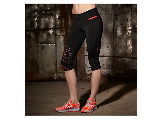 HKNB Zip Capri, Black with Fiery Coral
