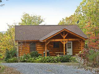 fern bank cabin in shenandoah woods mountain views hot tubvacation rh pinterest com