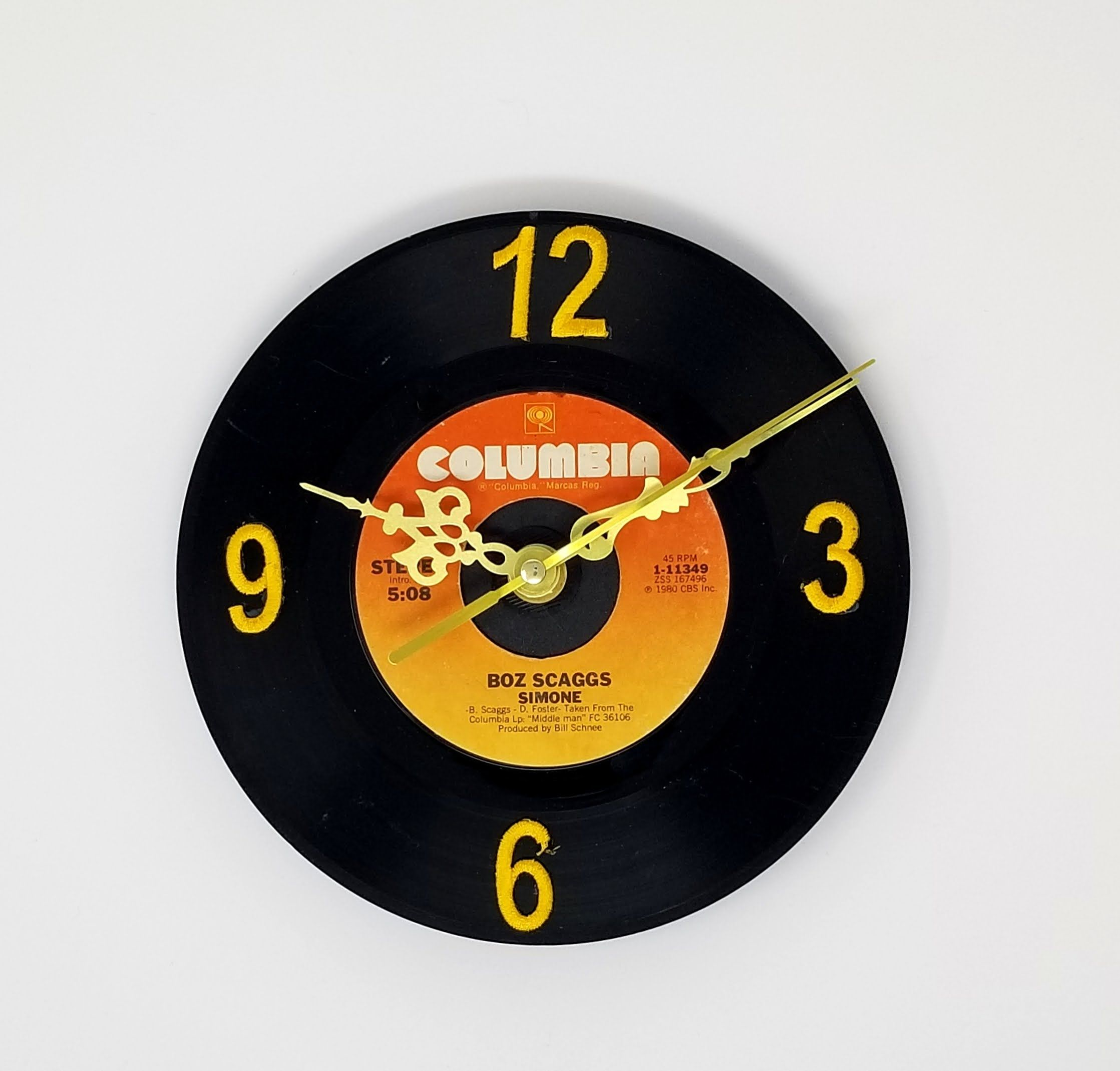 Vinyl Record Clock 45 Rpm With Images Vinyl Record Clock Unique Clocks Clock Shop