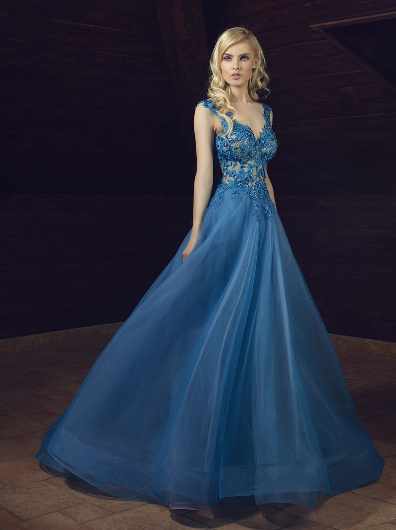 Latest trends and collections of evening dresses and gowns i lebanon