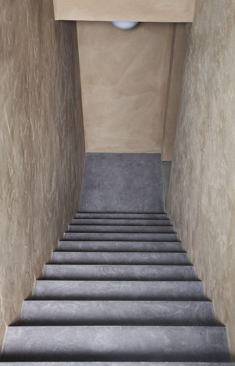 fugenlose treppe in betonoptik besuchen sie meine website unter. Black Bedroom Furniture Sets. Home Design Ideas
