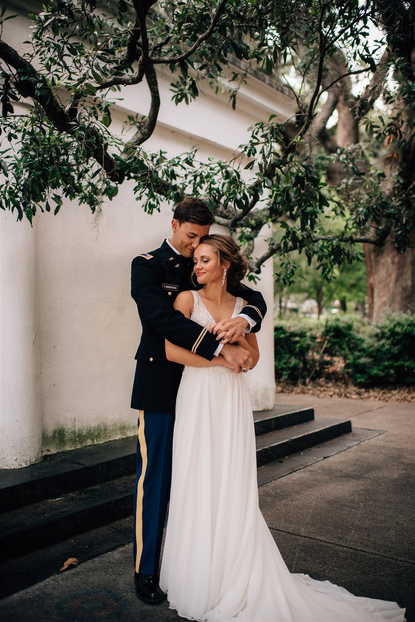 Romantic Wedding Southern Wedding Military Wedding Army Uniform Groom Do In 2020 Military Wedding Army Military Wedding Army Wedding