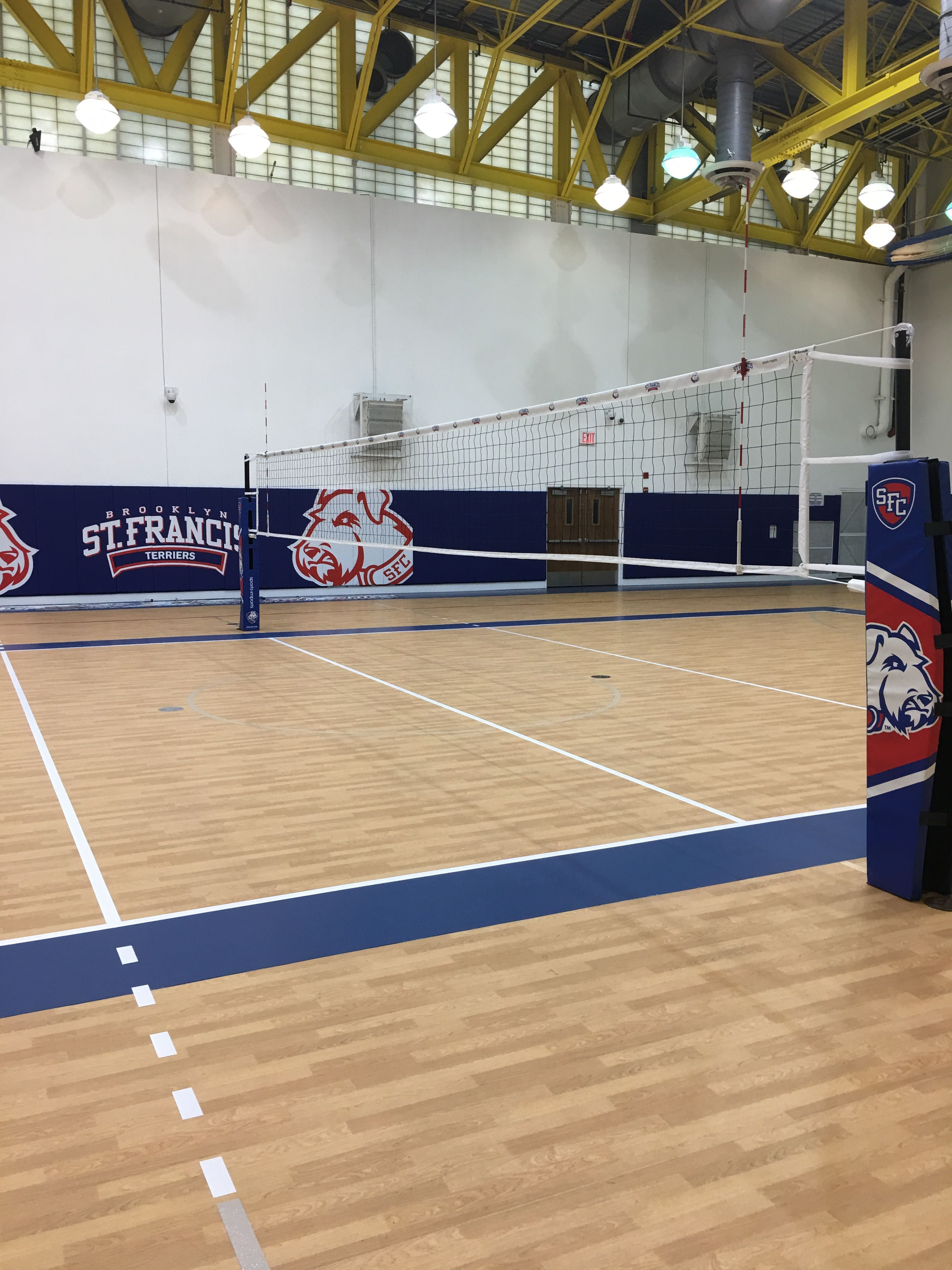 Brooklyn St Francis Carbon Volleyball Net System In 2020 Volleyball Net Outdoor Volleyball Net Indoor Volleyball