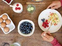 Vuoi perdere 5 Kg in un mese con una dieta che non ti faccia male alla salute, ma ti insegni ad alimentarti bene per sempre? Ecco allora la dieta Flachi, messa a punto dalla dottoressa Evelina Flachi, che ti permette di mangiare cinque volte al giorno in modo bilanciato.