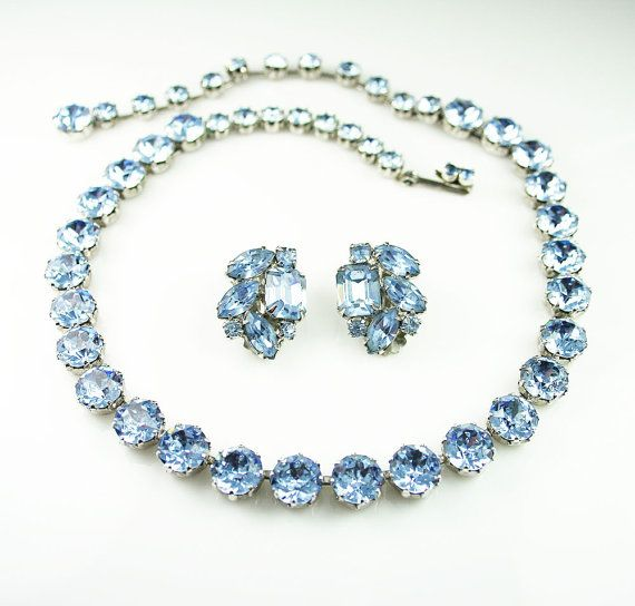 Bracelet Signed Czecho Crystal rhinestone with Blue marquise cut focal piece Gold tone metal.