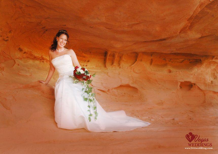 Las vegas valley of fire wedding image valley of fire wedding pic las vegas valley of fire wedding image junglespirit Gallery