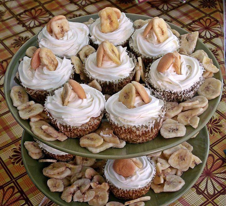 A brides favorite dish made into delightful cupcakes...banana pudding cupcakes www.sister-secrets.com