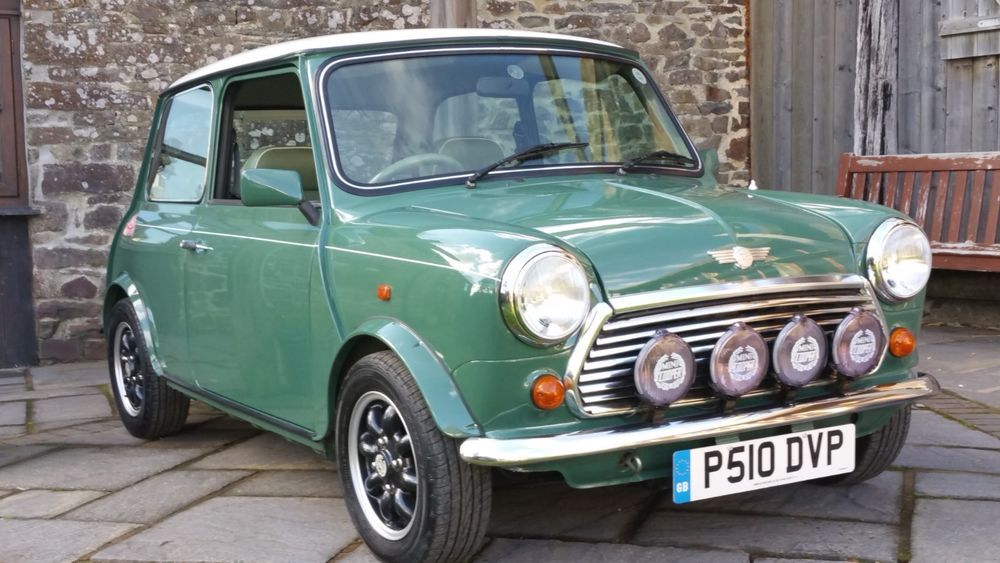 Ad Classic Mini Cooper 35 1 Of 200 Uk Cars Ever Made Classic Mini Mini Cars For Sale Mini Sales