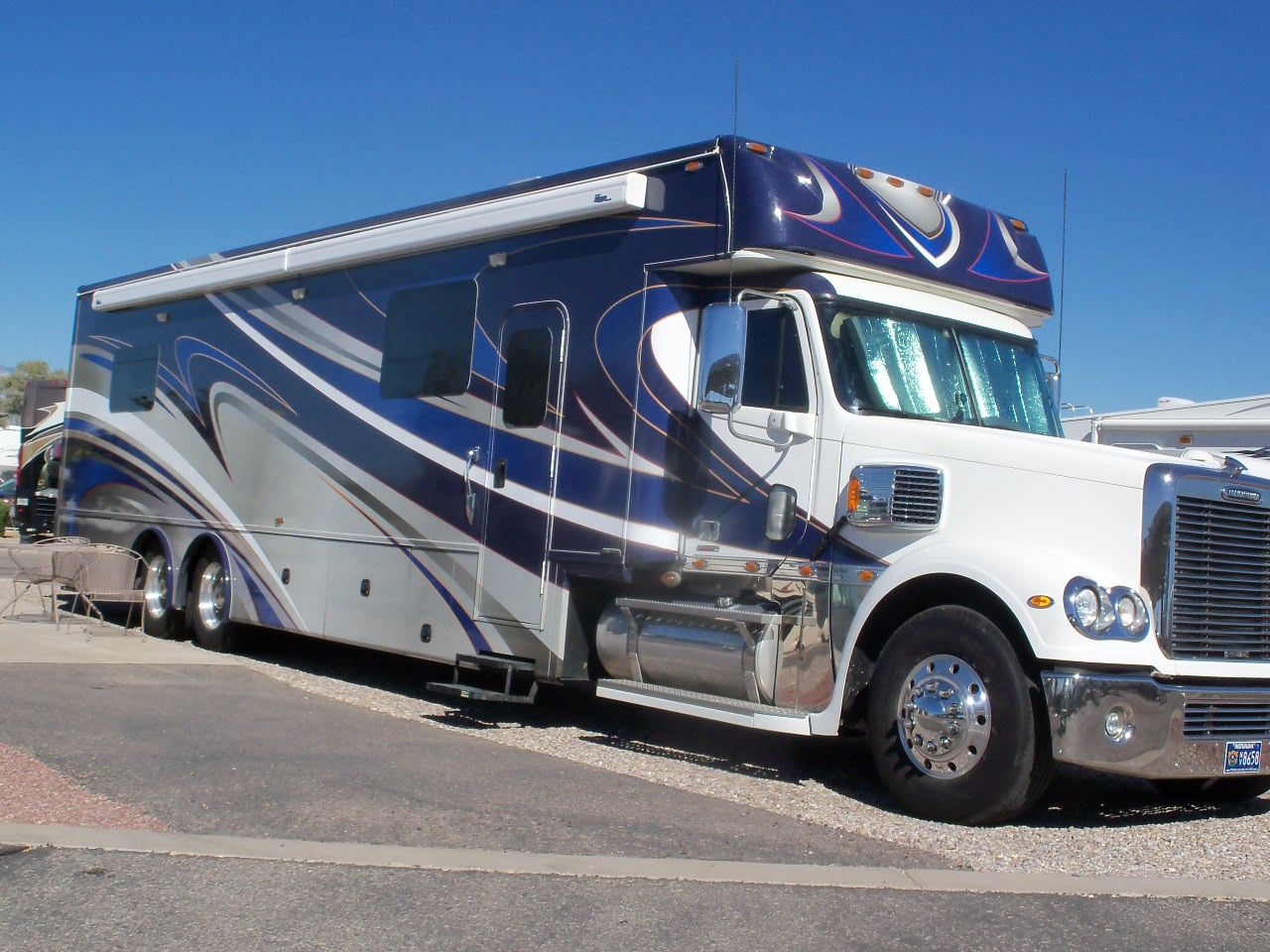 Chariot conversion on a Freightliner chassis  Very nice