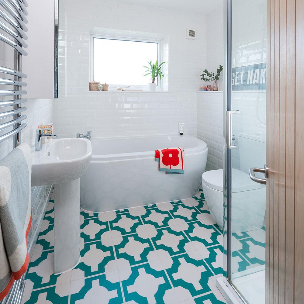 bathroom ideas - Google Search | Small bathroom makeover ...