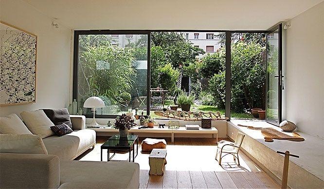 Aménager un salon avec une baie vitrée : idées lumineuses et ...