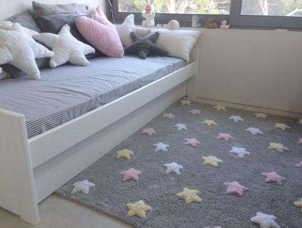 la nueva colección de alfombras infantiles de lorena canals está