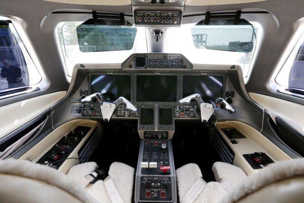 NetJets introduces Phenom business jet | The Columbus Dispatch