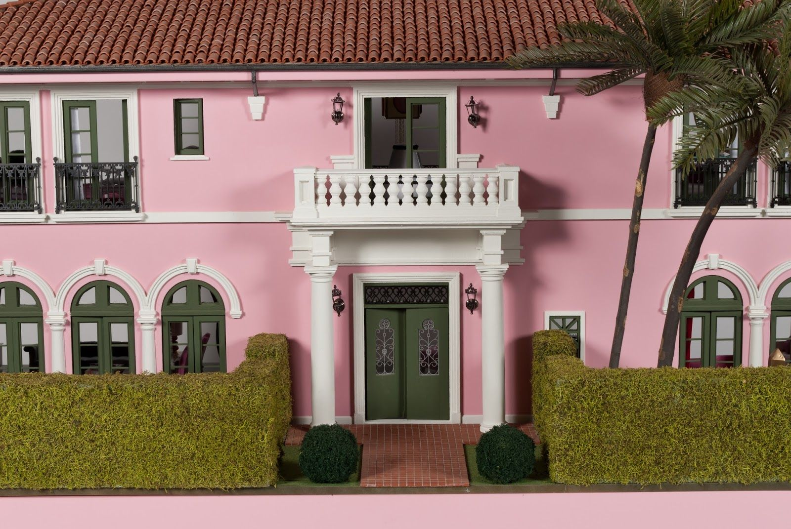 This is one of the custom dollhouses featured in the Designer Dollhouse Showcase  at the Kaleidocsope Ball that helped to raise almost $1.8 ...