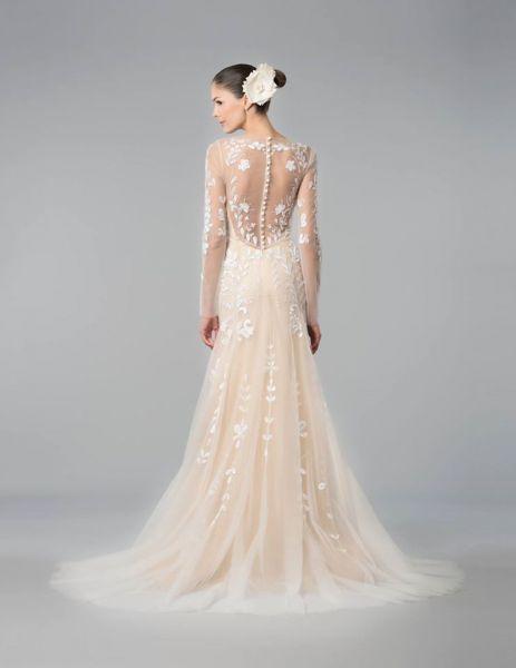 los 60 vestidos de novia con mangas largas más lindos: el detalle