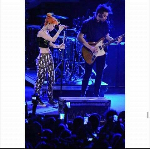 Hayley Williams &  Taylor York!