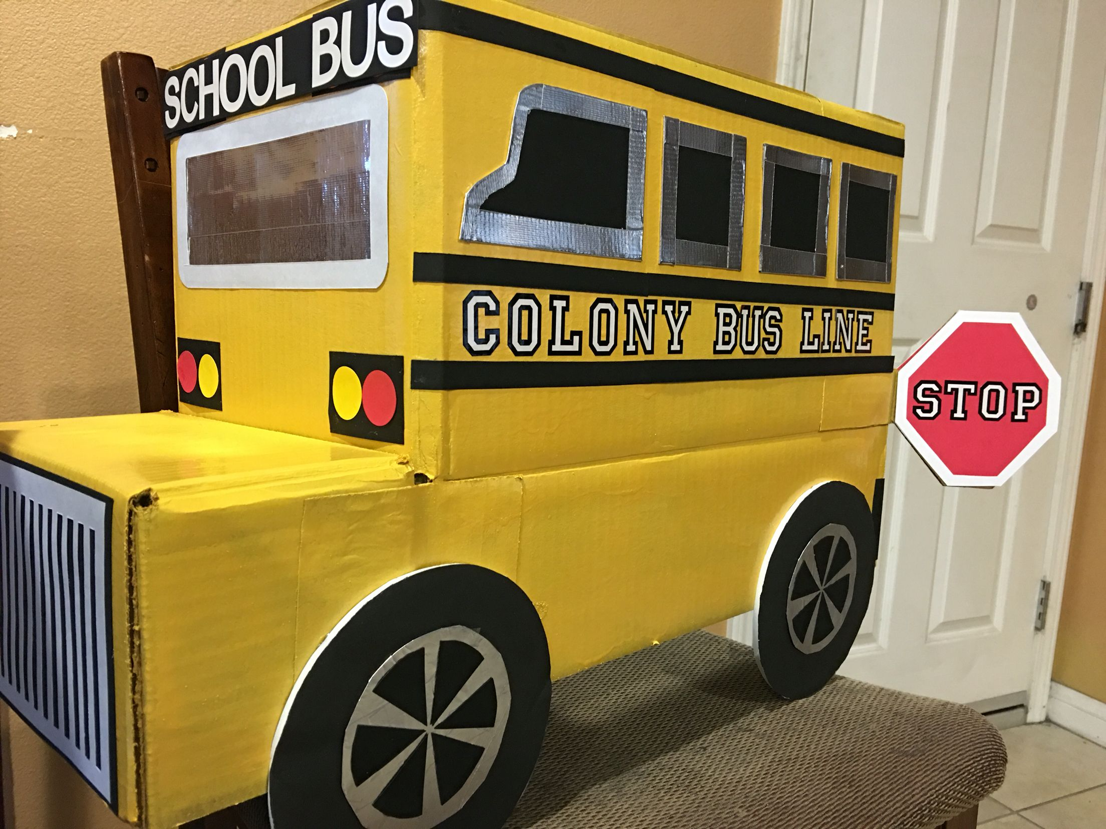 Cardboard box SCHOOL BUS for Kindy 500 (2016) | goodwill work stuff ...
