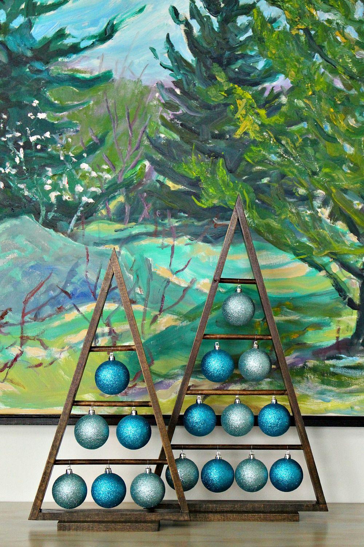 Dans Le Lakehouse Diy Wood A Frame Triangle Ornament Stand Christmas Wood Easy Christmas Diy Wood Christmas Tree