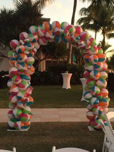 Masquerade In Naples Fl Custom Design Beach Ball Archway Birthday Party