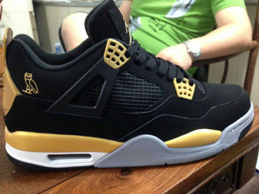 Drake s Air Jordans  Dopeness Or An Atrocity  6s OVO or 4s OVO ffe4673cc