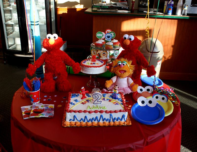 Rainbow Colored Cupcakes With Flags Plain Smash Cake Sesame Street Birthday Party Sesame Street Birthday Sesame Street
