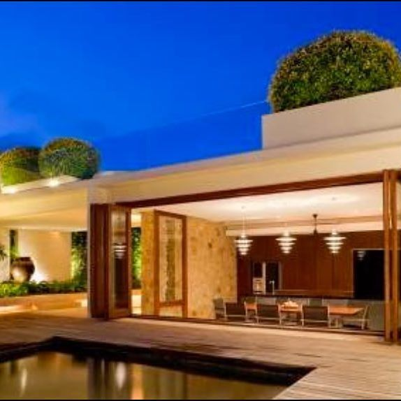 Panoramic Doors Los Angeles: Create Your Dream Home With The Most Innovative Door On